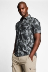 21Y-1069 Men Outdoor Shirt Green